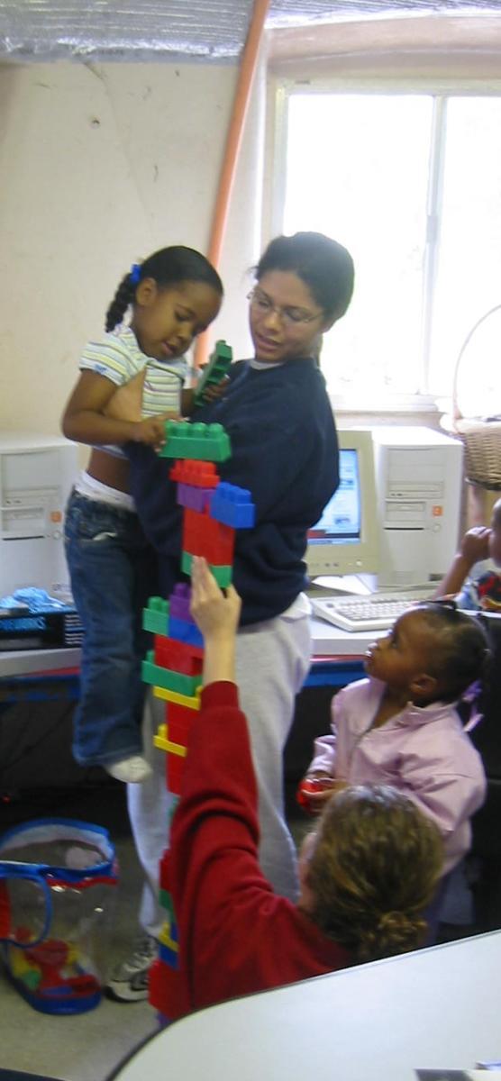 volunteers toddlers
